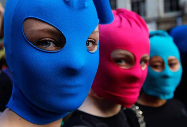 Группа Pussy-Riot акции