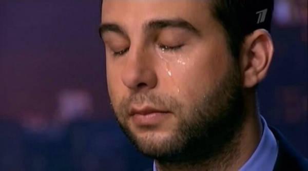 Ургант плачет после поражения нашей сборной