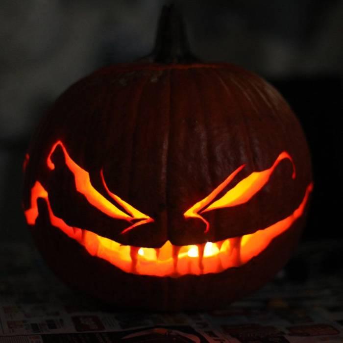 Картинки на Хэллоуин - страшные тыквы скачать бесплатно