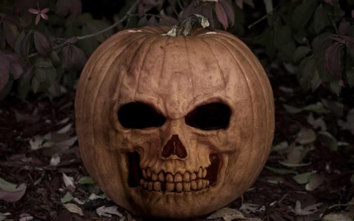 Картинки на Хэллоуин - страшные тыквы